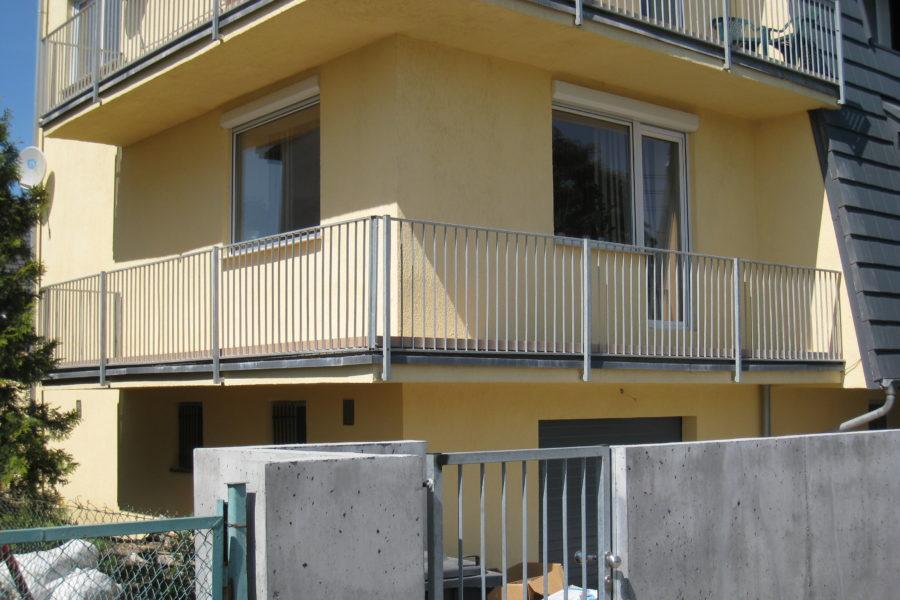 Deski tarasowe na balkonach